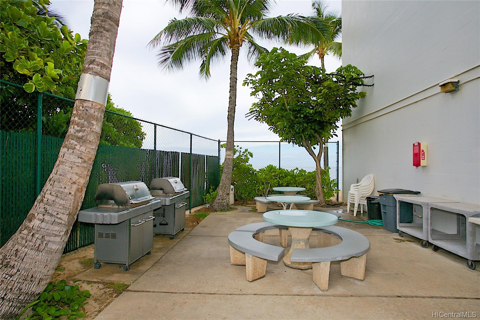 Makaha Beach Cabanas 84-965 Farrington Highway  Unit A202