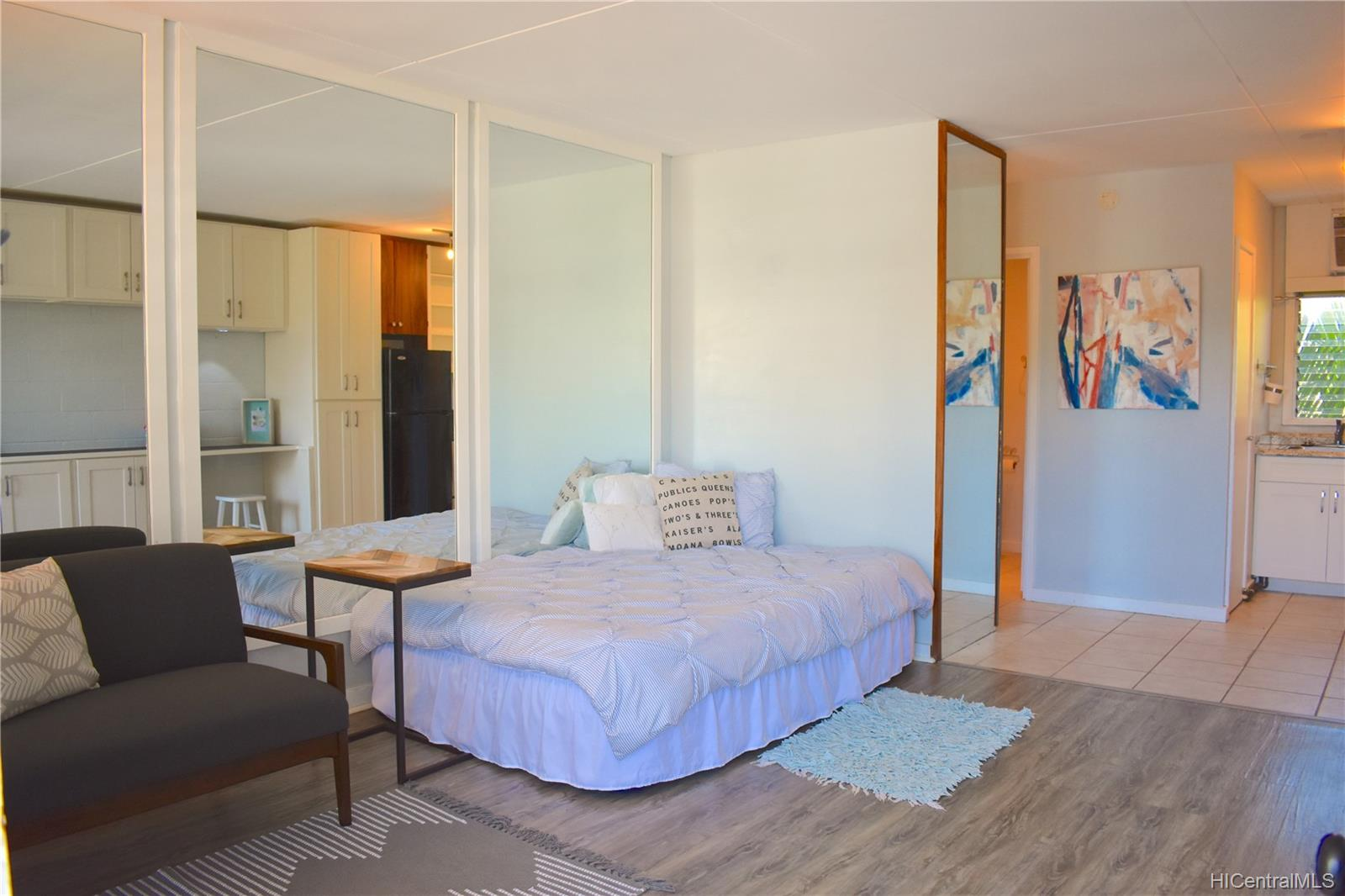 Diamond Head Surf 3824 Leahi Avenue  Unit 202