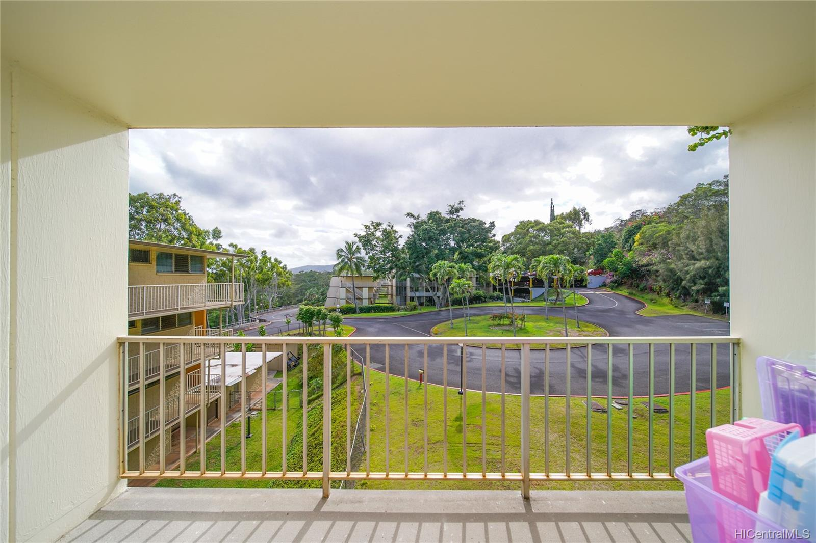 Valleyview Melemanu 95-2047 Waikalani Place  Unit D304