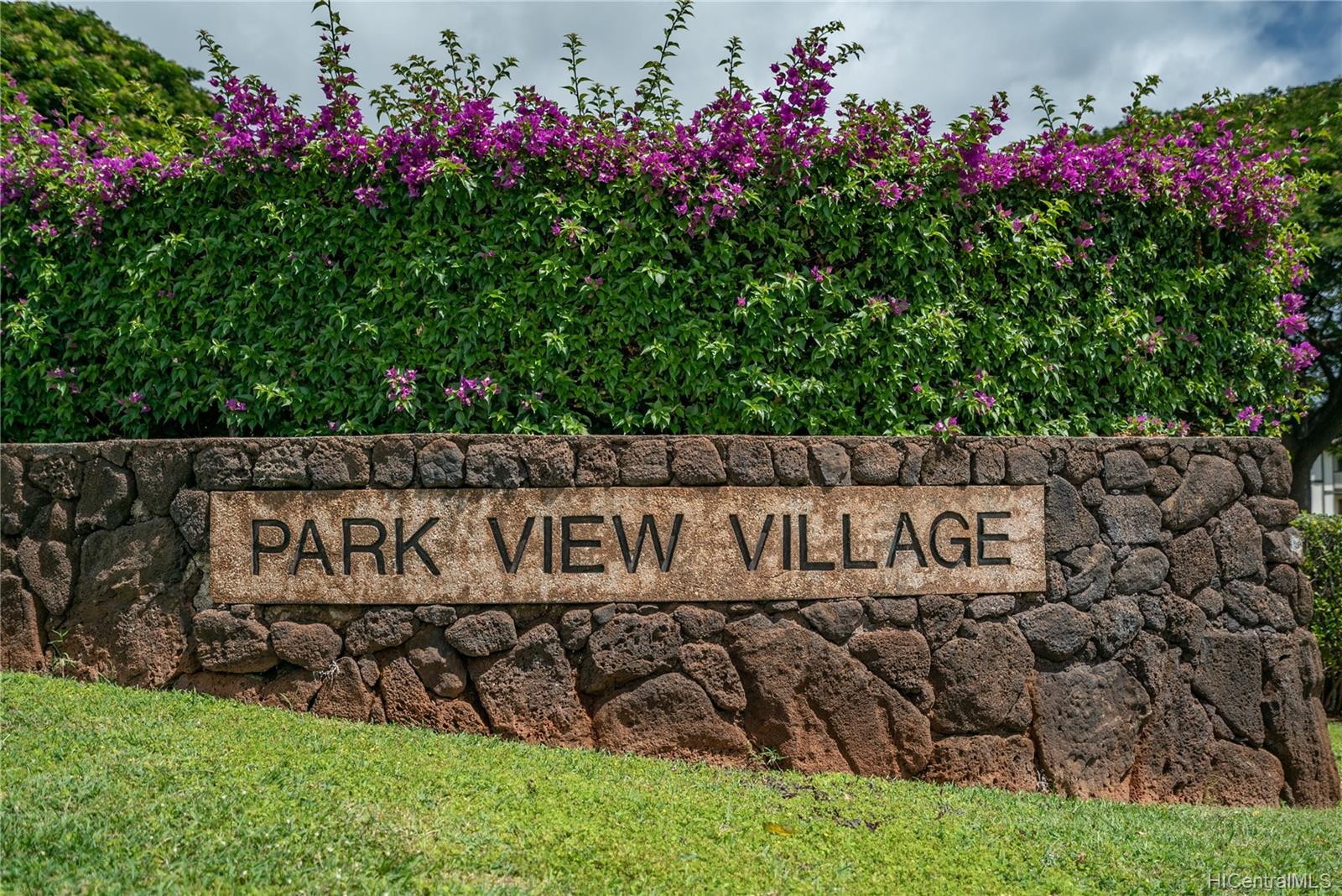 Parkview Village Condo 94-615 Kahakea Street  Unit 10F