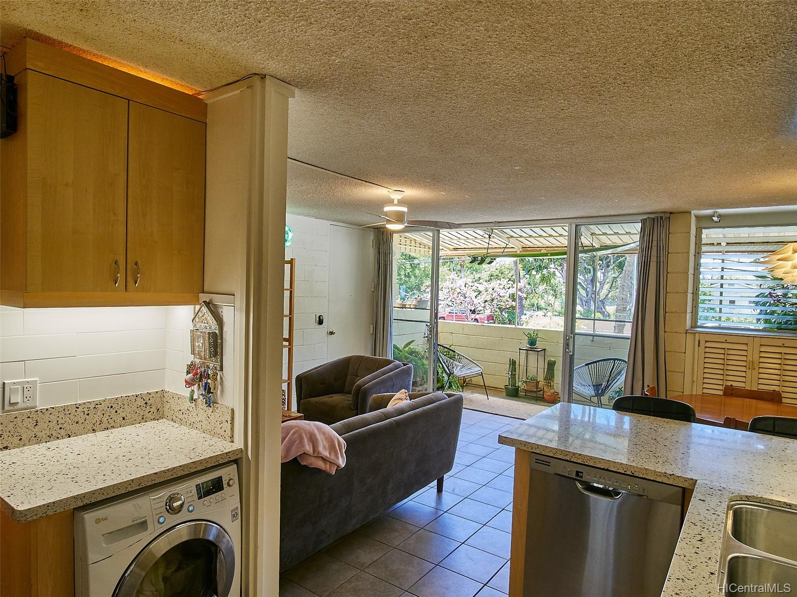 Gregg Apts The 3006 Pualei Circle  Unit B109