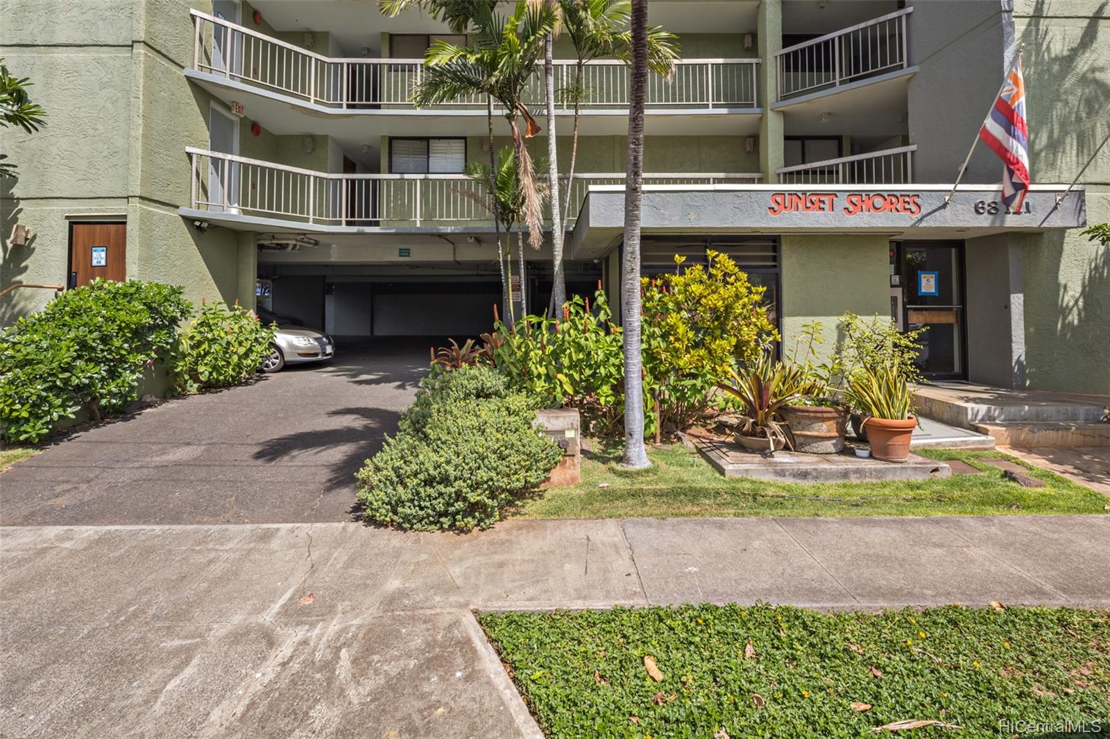 Sunset Shores 68-121 Au Street  Unit 502