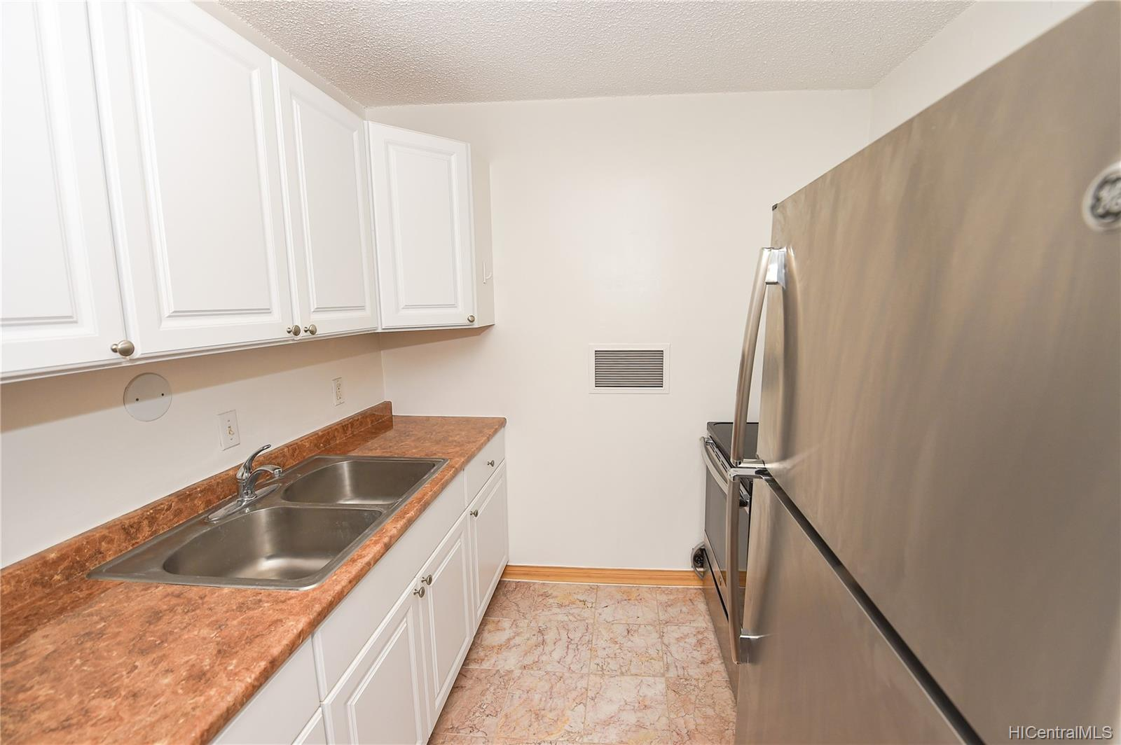 Woodwinds 1600 Wilikina Drive  Unit B401