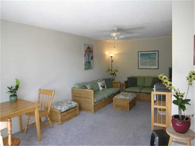 Diamond Head @ Pualei Cir 3103 Pualei Circle  Unit 305